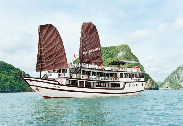 the viet beauty tour to viet hai fishing village