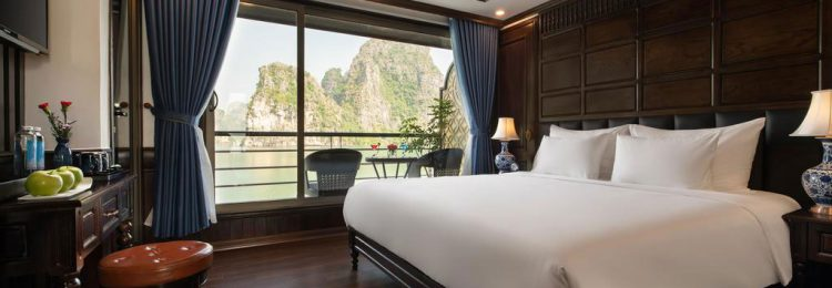 Doris Cruise Halong Bay- Lan Ha Bay | Smile Travel