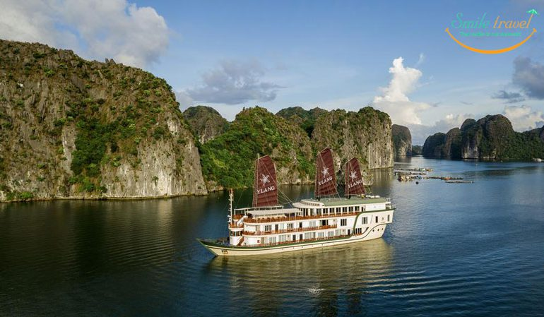 Heritage Line's Ylang is a cutting-edge ship sailing through the far-flung corners of the magnificent Lan Ha Bay.