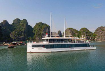 下龙湾JadeSails是一个精英和独特的设计,帆船与创建一个豪华的开放空间的想法.