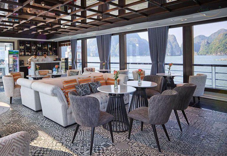하롱 JadeSails 고급스러운 열린 공간을 만드는 아이디어를 설계 엘리트 독특한 범선입니다.